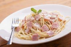 Carbonara van de spaghetti Stock Afbeeldingen