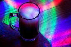 Carbonated напиток в стеклянной чашке стоковые изображения