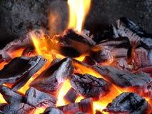 Carbones ardientes Imagen de archivo libre de regalías