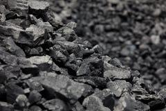 Carbones negros naturales para el fondo Carbones industriales Foto de archivo