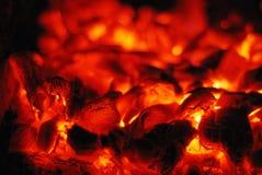 Carbones vivos en el horno Imagen de archivo