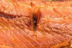 Carcassa del salmone affumicato, spuntino per birra immagini stock