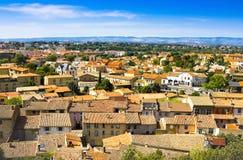 CARCASSON, FRANCIA - 7 LUGLIO 2016: Vista di Carcassonne dalla fortezza - Languedoc, Francia Immagine Stock