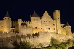 carcassonne城堡晚上 免版税库存照片