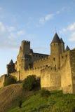 Carcassonne à la lumière du soleil d'or Photographie stock libre de droits