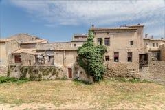 Carcassonne, Γαλλία Άποψη της χαμηλότερης πόλης από τους τοίχους φρουρίων Στοκ Εικόνα