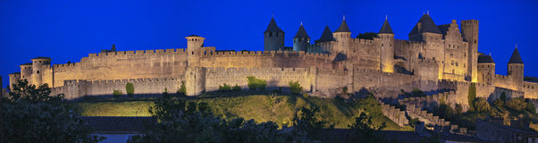 Carcassonne bij nacht royalty-vrije stock afbeelding