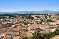 CARCASSONNE, FRANCIA - 7 LUGLIO 2016: Vista di Carcassonne dalla fortezza - Languedoc, Francia Immagini Stock