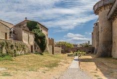 Carcassonne, Frankreich Inputbrücke das Schloss Comtal Stockbilder
