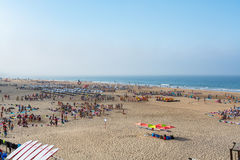 Carcavelos strand i Carcavelos, Portugal Royaltyfri Bild