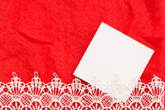 Card tomt utrymme för förälskelsemeddelanden med röd bakgrund Royaltyfria Bilder