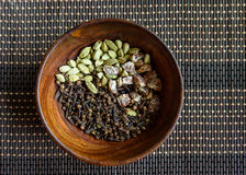 Cardamon, kruidnagels en areca noten Royalty-vrije Stock Foto