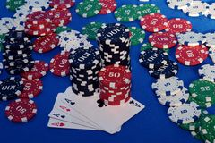 Cardand poker chips Royalty Free Stock Photos