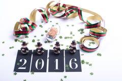 Carde o conceito pelo ano novo feliz com cortiça do champanhe Fotografia de Stock Royalty Free