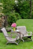 carden木的椅子 免版税图库摄影
