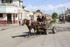 Cardenas, Kuba - 26. November 2015: Pferdewagen Stockfotografie