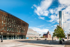 Cardiff milleniummitt i den Cardiff fjärden, Cardiff, Wales Arkivfoton