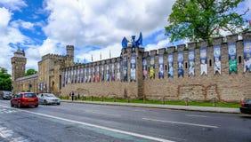 Cardiff, Pays de Galles - 20 mai 2017 : Le mur de château de Cardiff, préparent pour UE Images stock