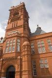 Cardiff-Schacht-Grenzstein; Pierhead Gebäude Stockbilder