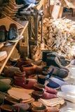 CARDIFF/UK - 19 APRIL: De Workshop van de zadelmaker bij St Nationale Fagans royalty-vrije stock foto