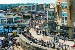 CARDIFF/UK - SIERPIEŃ 27: Widok Cardiff na Sierpień 27, 2017, Uni Obrazy Royalty Free