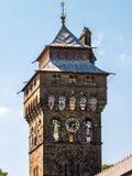 CARDIFF, WALES - JUNI 8: Toren bij het Kasteel van Cardiff in Cardiff  royalty-vrije stock fotografie