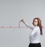 Cardiogramme de dessin de femme de docteur Images libres de droits