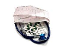 Cardiogramme et stéthoscope Photos libres de droits