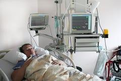 cardiologytålmodig arkivfoton