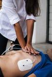 Cardiopulmonale reanimatie Stock Foto's
