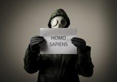 Careta antigás. Homo sapiens. Fotos de archivo libres de regalías
