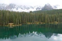 Carezza Lake Fotografering för Bildbyråer