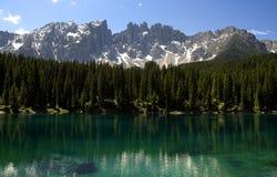 Carezza See und Latemar Lizenzfreie Stockbilder