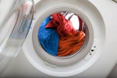 Carga da lavanderia Fotos de Stock