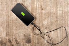 Carga esperta móvel da bateria do telefone Foto de Stock Royalty Free