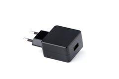 Cargador negro del dispositivo de la electrónica del USB aislado Imagen de archivo