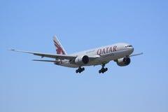 Cargaison Boeing 777F du Qatar images stock