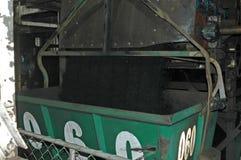 Cargamento aéreo del cubo foto de archivo