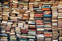 Cargas dos livros imagens de stock