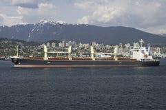 Cargo che lascia Vancouver al punto di Brockton Fotografia Stock