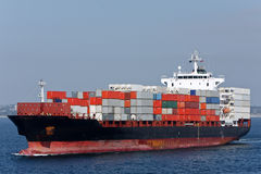 Cargo de conteneur en mer. Photo libre de droits