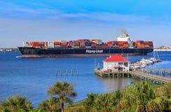 Cargo del sur de Carolina Port Barge Shipping Harbor fotos de archivo libres de regalías