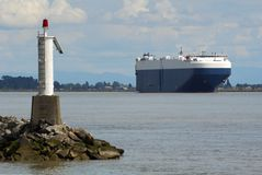 Cargo dell'elemento portante di automobile del fiume di Fraser Immagini Stock