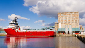 Cargo ship in Edinburgh docks Stock Image
