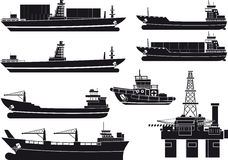 Cargo Vessels tugboat and oil platform Royalty Free Stock Photography