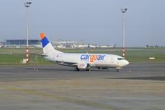 Cargoair Boeing pronto per il volo Immagine Stock