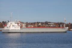 Cargueiro no canal de Kiel imagens de stock royalty free