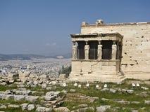 Cariátides, Acropolis do templo do erechtheion, Atenas Imagens de Stock