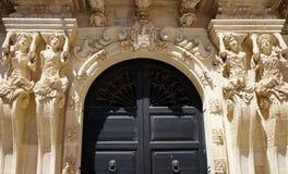 Cariátides del palacio de Marrese en Lecce, Apulia, Italia foto de archivo libre de regalías