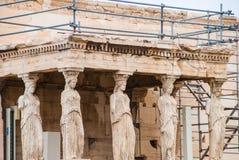 Cariátides do templo do Afrodite no Partenon, Atenas Grécia Foto de Stock